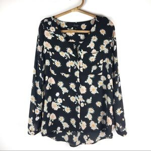 Cotton On | Daisy patterned blouse | Size Small